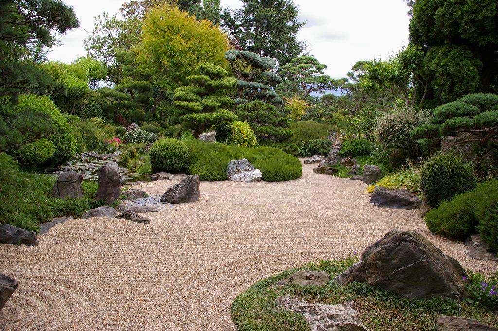 vista de un jardin zen